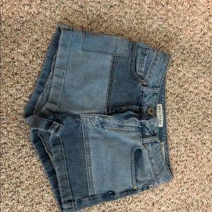 BULLHEAD denim Mom-style jean shorts